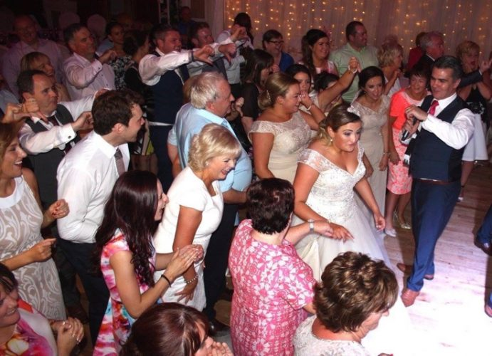 sugar town road wedding band carrickdale hotel